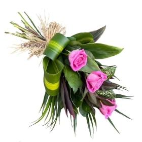 rose-tied-sheaf-funeral-flowers-tribute-funeral-delivered-strood-rochester-medway