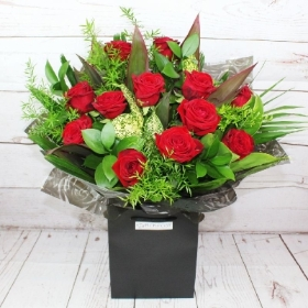 12-dozen-red-roses-romantic-handtie-bouquet-flowers-delivery-strood-rochester-medway-kent