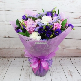 sweetheart-bouquet-gift-flowers-lilac-purple-pink-delivered-strood-rochester-medway