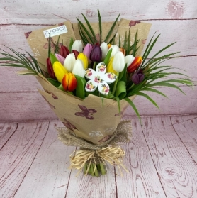 Tulips-mother's-day-bouquet-flowers-delivered-strood-Rochester-Medway-kent