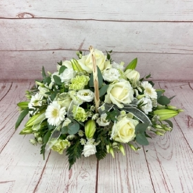 alabaster-pure-white-ivory-gift-basket-flowers-delivered-strood-rochester-medway