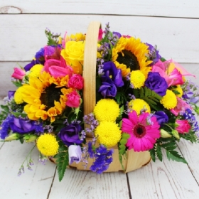 harlequin-bright-colourful-basket-arrangement-flowers-delivery-strood-rochester-medway-kent